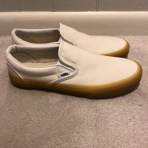 Vans Shoes - NWOT Cream slip on vans with gum sole